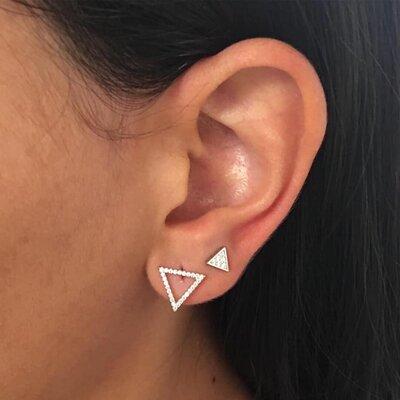Brinco Triângulo Vazado Cravejado - Prata 925