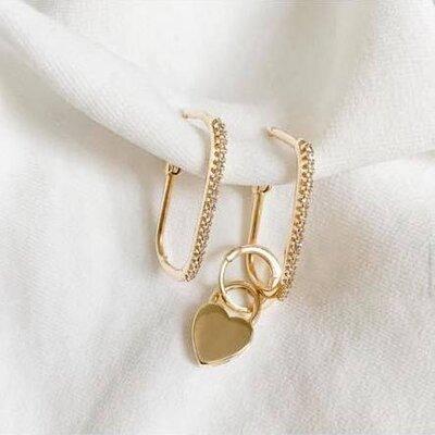 Argola Retangular Slim Cravejada Ouro