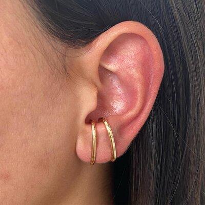 Brinco Earhook Básico Liso Ouro