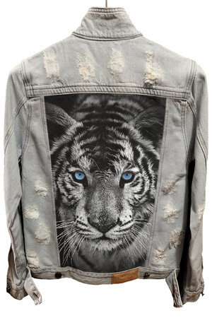 Jaqueta Jeans Destroyed Cru Tiger