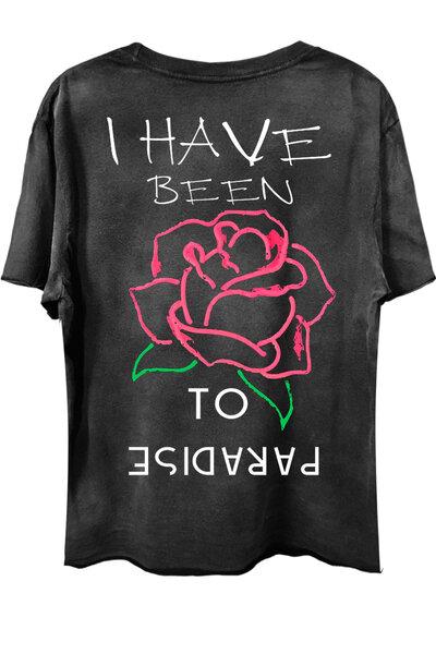 Camiseta com bolso preta Paradise