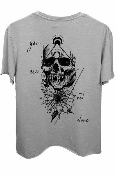 Camiseta estonada cinza clara Alone