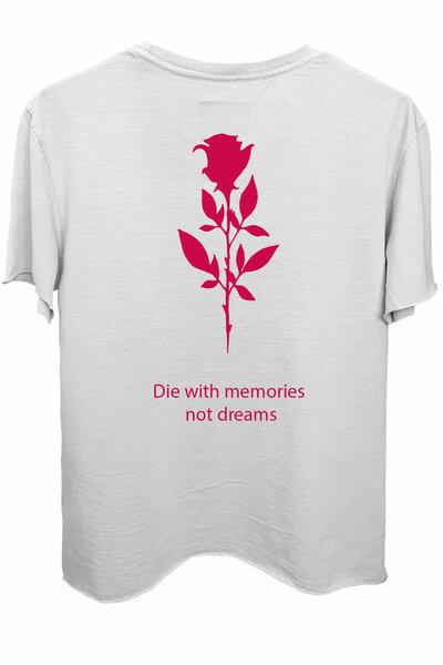 Camiseta branca Memories (Estampa magenta)