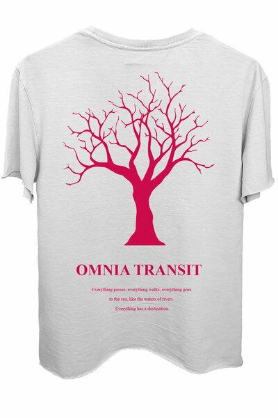 Camiseta branca Omnia Transit (Estampa magenta)
