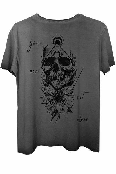Camiseta estonada cinza Alone