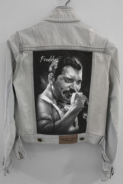 Jaqueta Jeans Rock Destroyed Cru Feminina Freddie