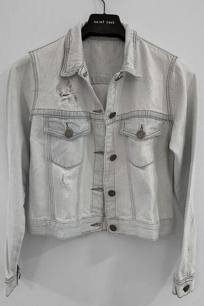Jaqueta Jeans Destroyed Cru Feminina Bad Choices