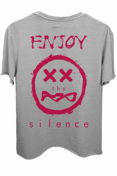 Camiseta estonada cinza clara Enjoy (Estampa magenta)
