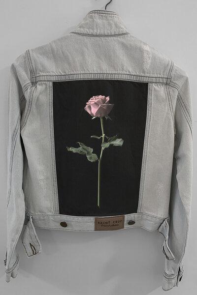 Jaqueta Jeans Destroyed Cru Feminina Rose