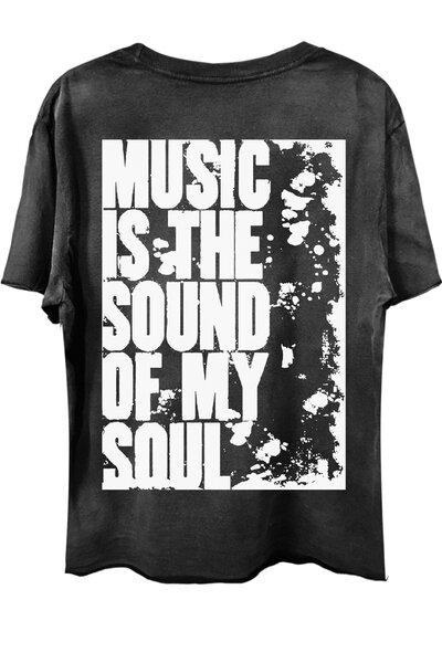 Camiseta com bolso preta Used My Soul