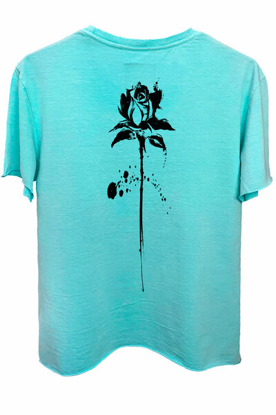Camiseta estonada azul água Abstract Black Rose