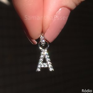 Pingente Charms Letras