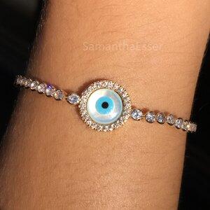Pulseira Olho Grego e Pontos de Zircônia