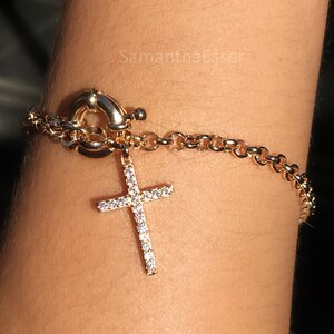 Pulseira Crucifixo Cravejado