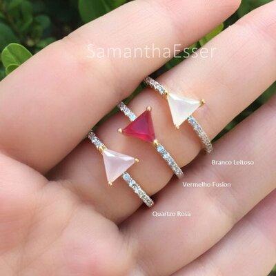 Anel com Triângulo - OURO 18K