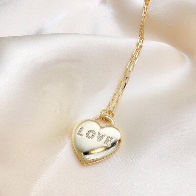 Colar Love Longo Coração Cravejado