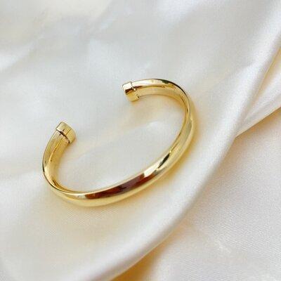 Bracelete Tubo Detalhe em Coração