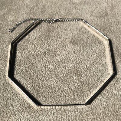 Choker Hexagonal Lisa
