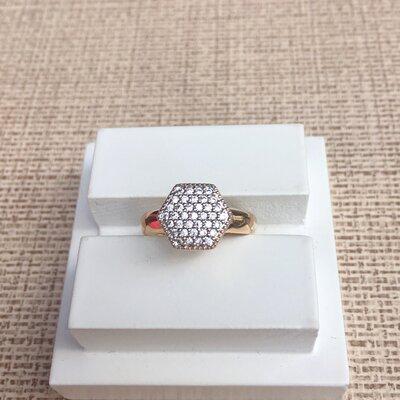 Anel Hexagonal Cravejado com Zircôniasbanho a Ouro 18K