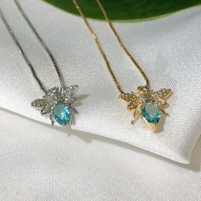 Colar em Prata Abelha Rainha Mini Cravação Em Zircônias e Cristal Topázio