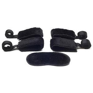 Kit de Bondage com 4 Amarras e Venda - Coleção Cinquenta Formas de Amar