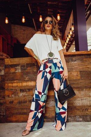 Pantalona Estampada + Decote Canoa