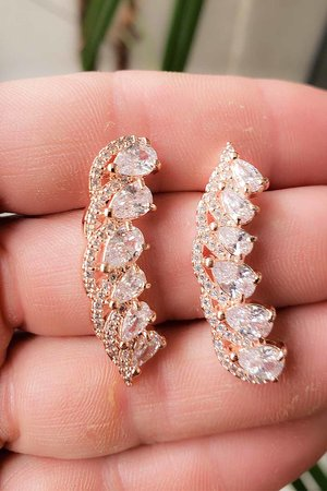 Brinco earcuff Olivia cristal ouro semijoia