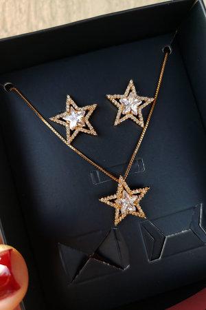 Conjunto estrela ouro Semijoia