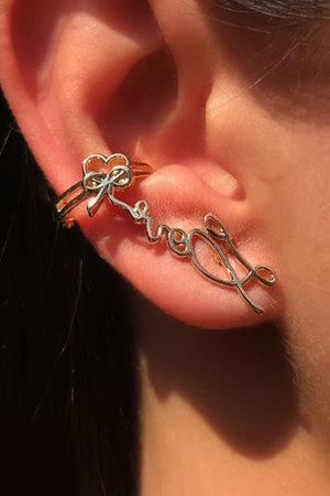 Brinco earcuff LOVE ouro semijoias