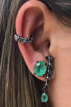 Brinco earhook com cristal verde rodio negro semijoia
