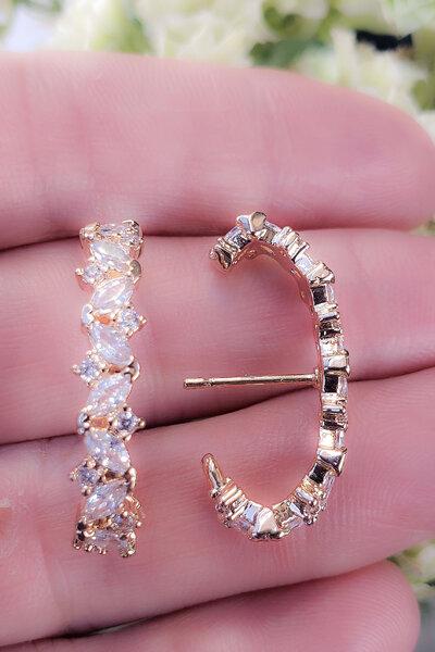 Brinco earhook Lilly cristal ouro semijoia