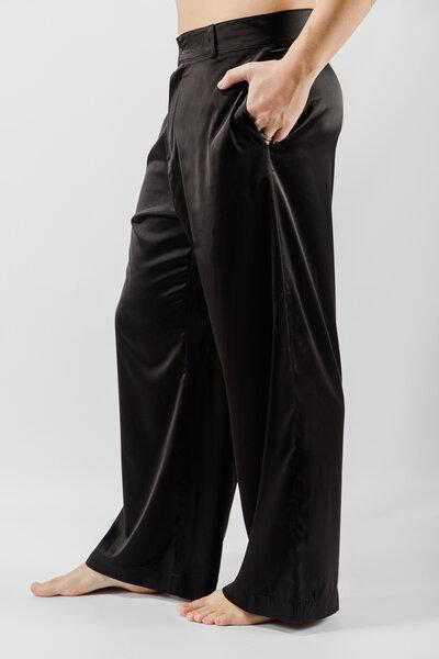 Calça Pantalona em Cetim com Elastano