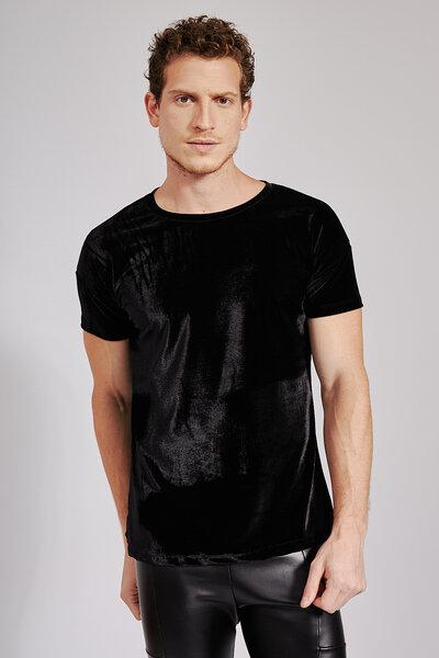 T-Shirt Essencial em Veludo