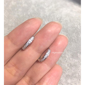 Argolinha Cravejada Prata 925 1,3 cm - Ródio
