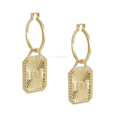 Argola Plaquet Vintage Love Ouro