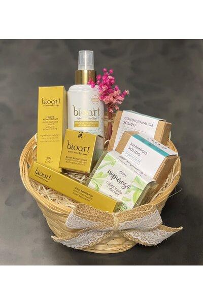 Cesta beleza vegana (shampoo e condicionador bob, blush, primer, sabonete, higienizante)