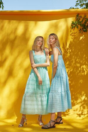 Vestido De Laise Longo Com Alças Largas