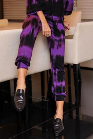 Calça Comfy Tie Dye com Elástico na Barra e Bolsos
