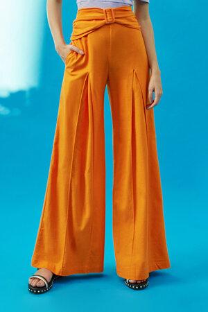 Calça Pantalona de Linho Cós Franzido e Pregas Frente