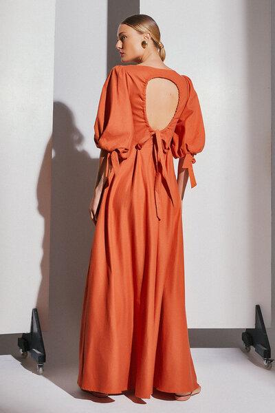 Vestido Longo Com Abertura E Amarração Nas Costas