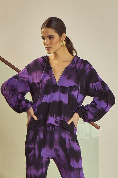 Casaco Comfy Tie Dye com Bolso e Capuz