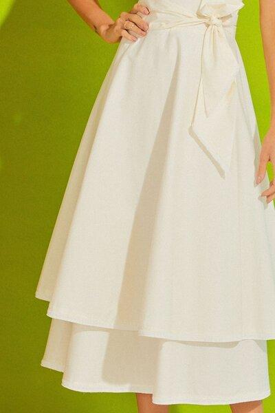Vestido tricoline em duas camadas com franja e faixa