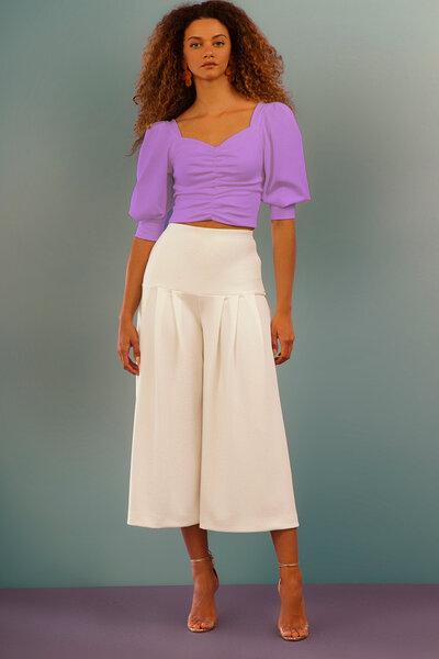 Blusa Cropped com Decote em V e Lastex