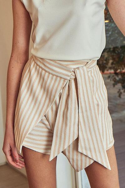 Saia Shorts Assimétrico com Amarração