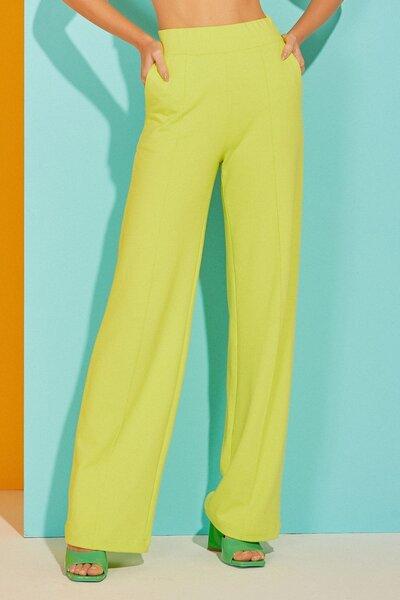 Calça Pantalona com Vinco Vista