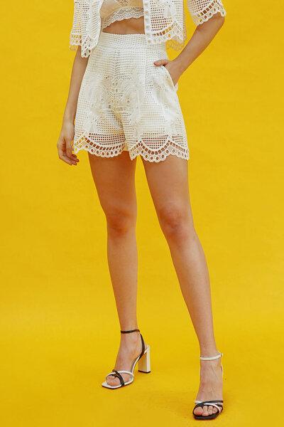 Shorts De Renda - Off
