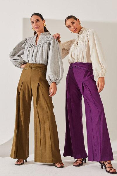 Calça de Linho Pantalona Alfaiataria Com Fivela Cós