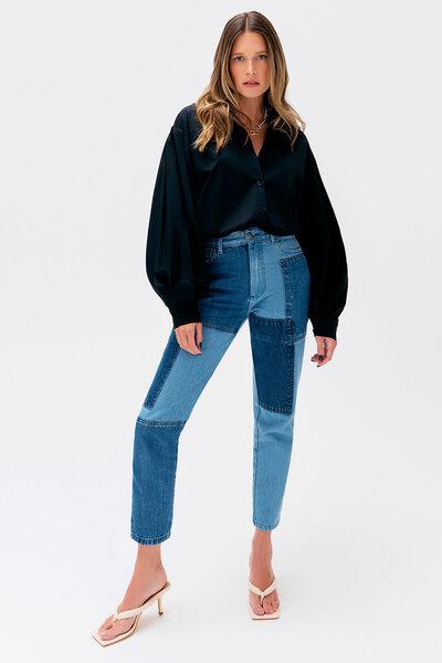 Calça Jeans com Lavagens Patchwork