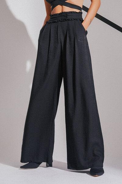 Calça Pantalona Com Transpasse No Cós