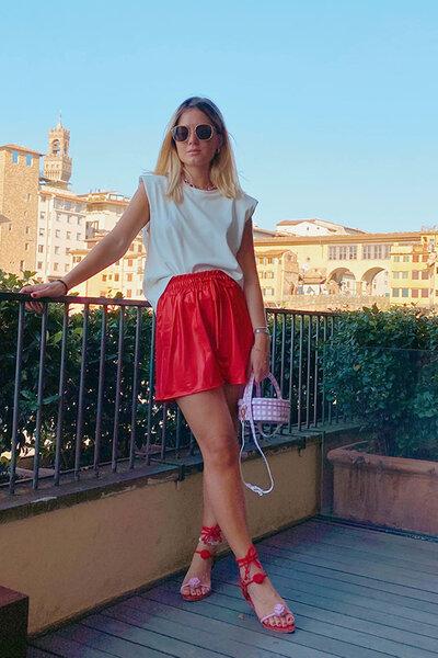 Shorts Girl Power Couro Fake Vermelho